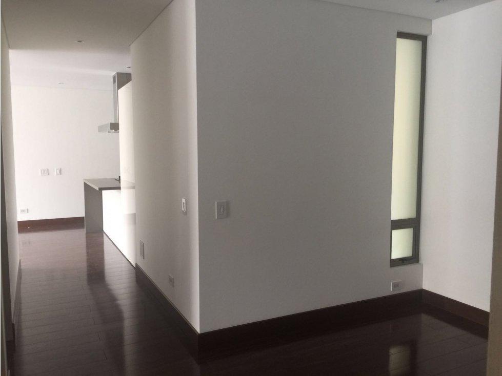 Doomos apartamento chico navarra for Apartamentos chicos
