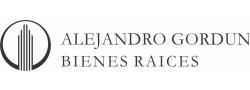 Casas y departamentos en venta en La Plata, Buenos Aires, Argentina.