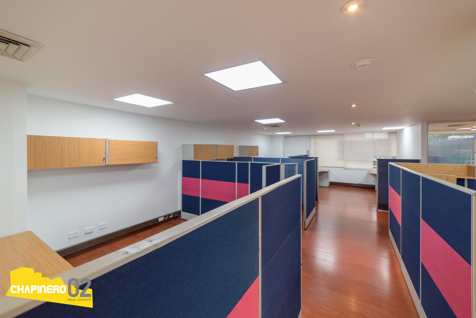 Oficina Amoblada :: 140 m2 :: Lago :: $9,1 M