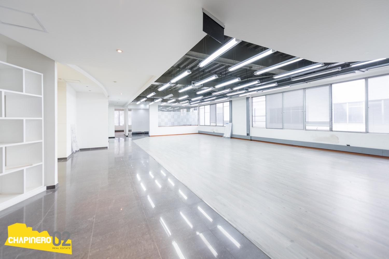 Oficina Arriendo :: 1060 m² :: Chicó Rese :: $71M