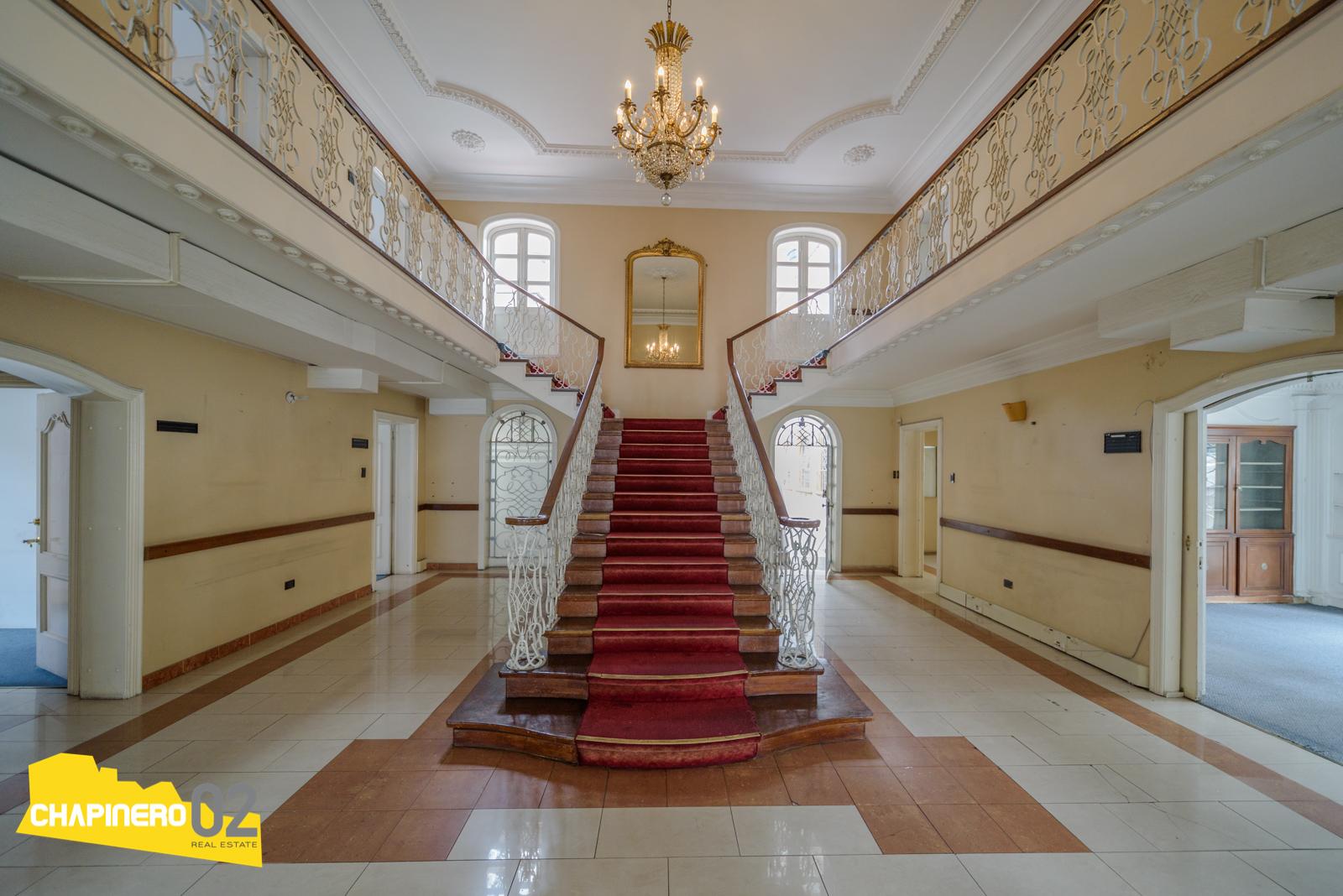 Casa Arriendo :: 1070 m² :: Nogal :: $45M