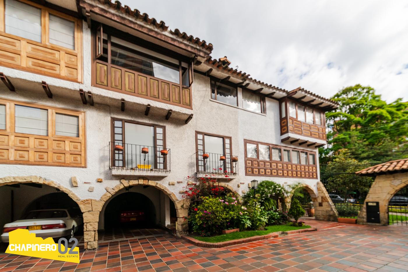 Casa Dotacional :: 270 m² :: Nogal :: $12,6M