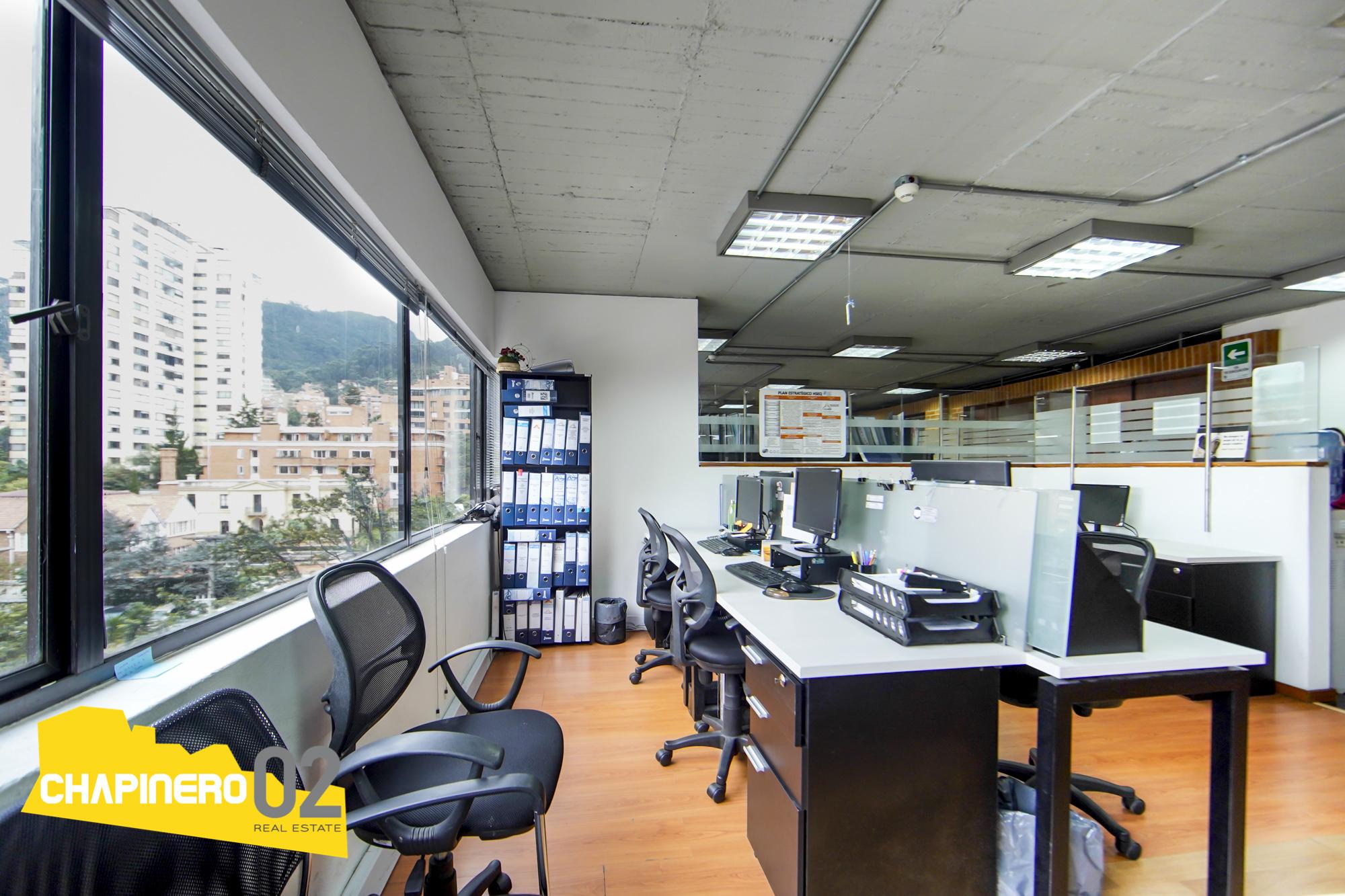 Oficina Arriendo :: 264 m² :: Rosales :: $17M