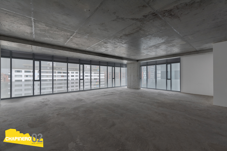 Oficina Arriendo :: 126 m² :: Chicó N III :: $9,3M