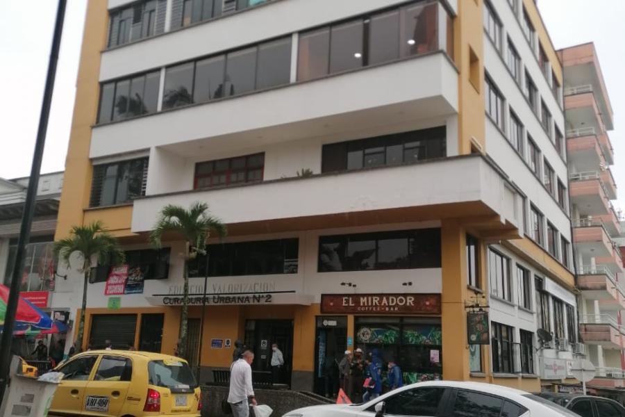 Local Comercial en arriendo Plaza de Bolivar – Código 503533
