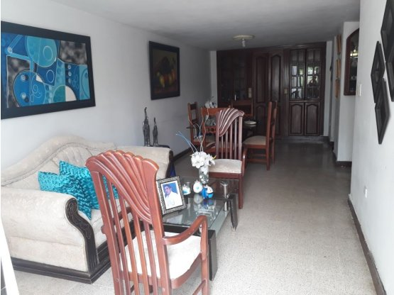 Oportunidad Casa en Campo Alegre 204m2