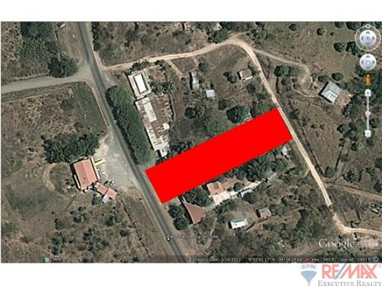 DRASTICALLY REDUCED!! Comercial lot with house