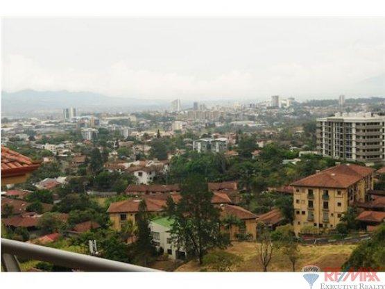 Awesome City View---Premium Penthouse unit