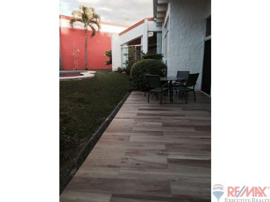 Beautiful Residence with pool in Cariari, San Jose
