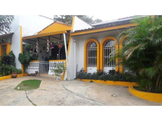 Casa en Chorrera, Entrada Pto Caimito Panama