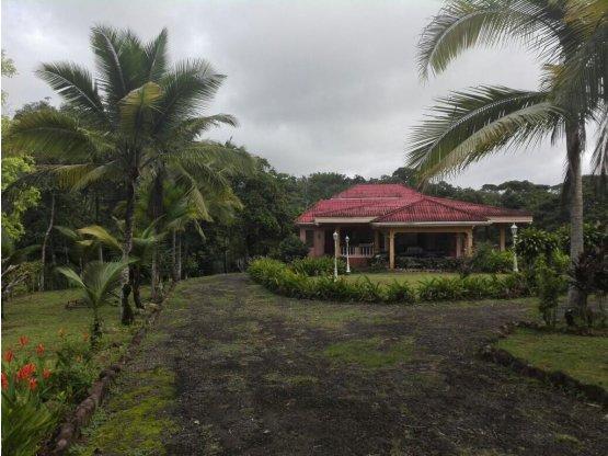 Hermosa Casa en Arraiján, Panamá