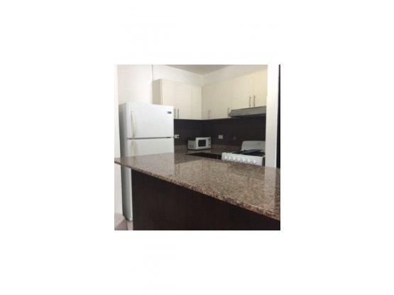 Alquiler Apartamento, Costa del Este. PH Green Bay
