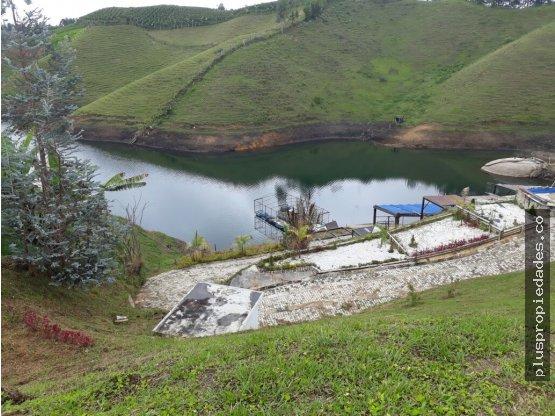 Venta de lote en El Peñol Antioquia