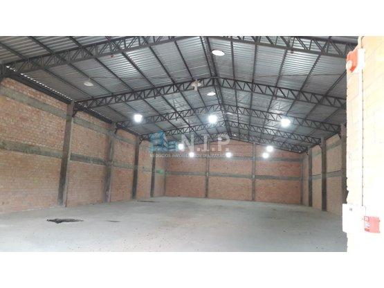 Alquiler de Tinglado de 600 m2 en MRA