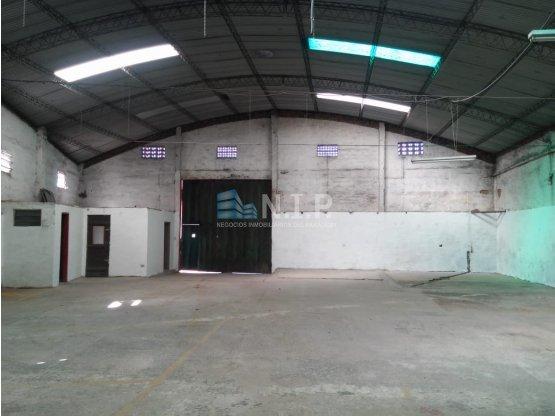 ALQUILO DEPOSITO EN EL CENTRO DE SAN LORENZO