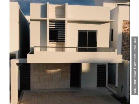 Casa en Venta de 3 recamaras con alberca en Aqua