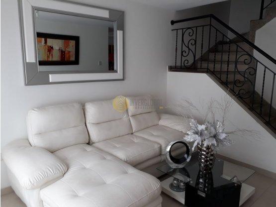Casa en venta en Villa Carolina