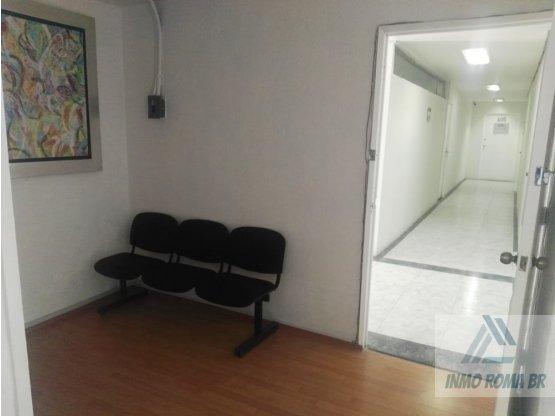 Oficina de 77 m2 Amueblada Frente Metrobus Durango
