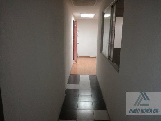 Excelente oficina 73 m2  con 4 privados