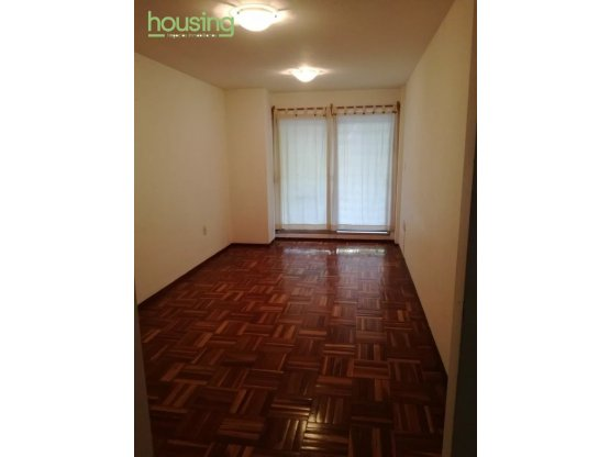 POCITOS, un dormitorio, balcón, excelente 21000