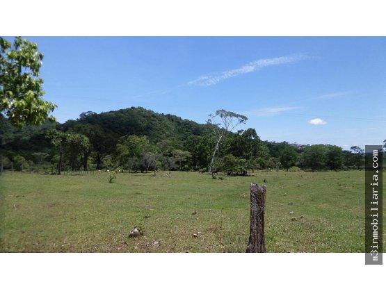 Finca para la venta, Villavicencio via acacias