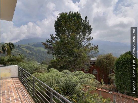 Venta casa en conjunto en la Alhambra, Manizales