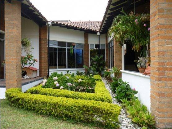 Venta Casa Campestre en Cerritos, Pereira