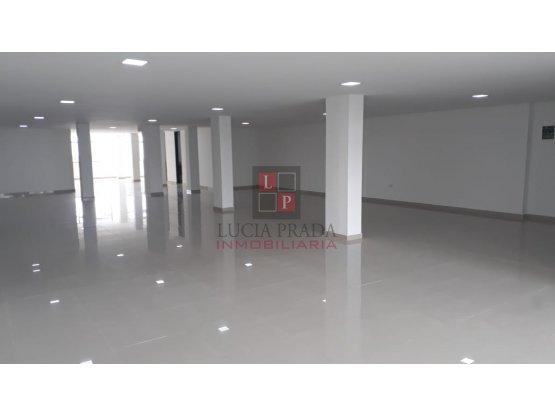Alquiler  local en Av. Centenario-Centro