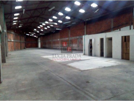 Alquiler bodega en sector industrial Juanchito