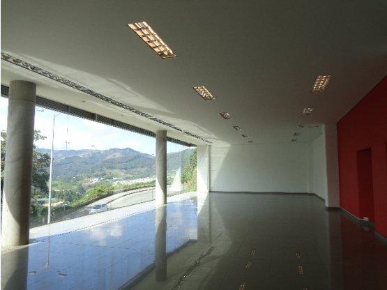 Alquiler Local en Avenida Alberto Mendoza,