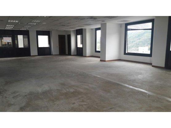 Alquiler Oficina en Avenida Santander, Manizales