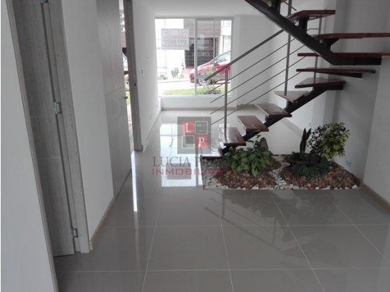 Alquiler casa en conjunto San Marcel, Manizales