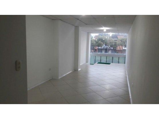 Alquiler de Oficina Avenida Santander, Manizales