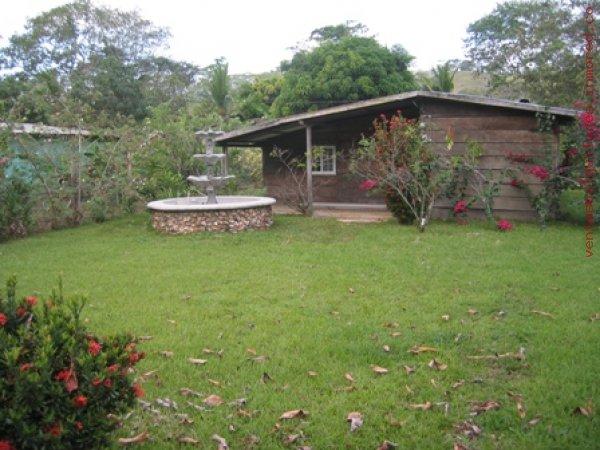 LOTE 809 MTS Y CASA AREA DE PORTOBELO