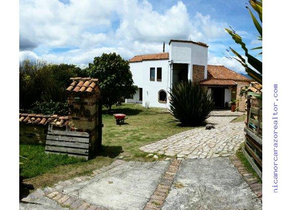 Vendemos Casa Campestre en Cerros de Yerbabuena
