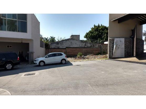 Terreno en venta Palmira Cuernavaca Seguridad