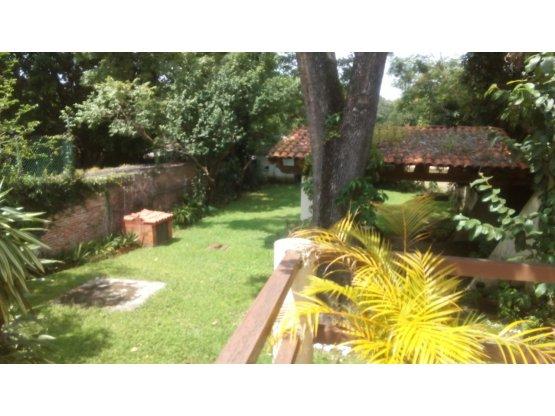 Casa en Zona Norte 2 Recamaras en Pb Amplio Jardín