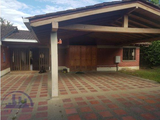 Se vende casa campestre, Cerritos, Pereira.