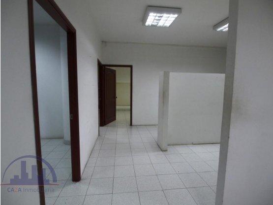 Se vende oficina en Pinares, Pereira