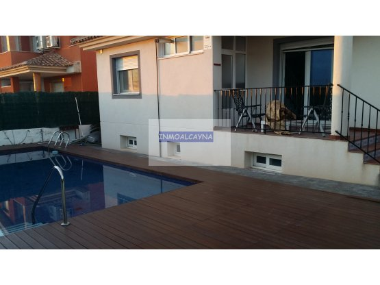 la alcayna con piscina y garaje 1200€
