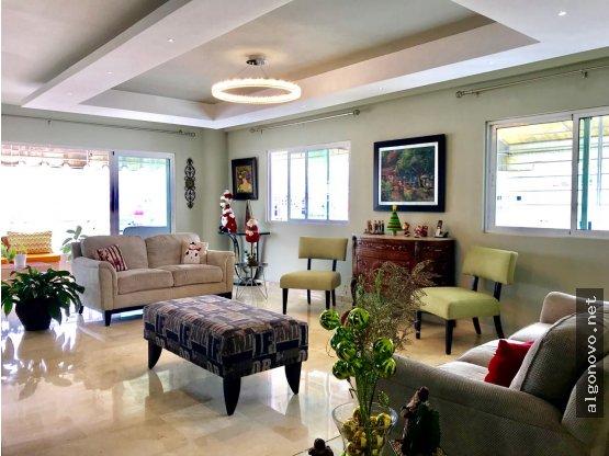 Penthouse en venta - Evaristo Morales