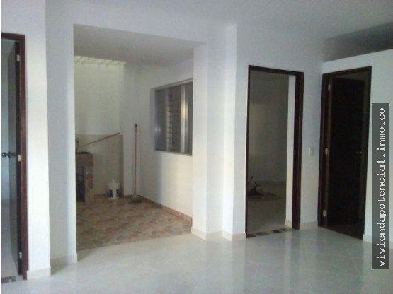 APARTAMENTO EN VENTA BELLO 82m² 1er piso
