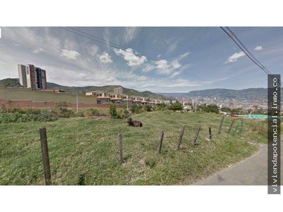 LOTE EN VENTA LA ESTRELLA cerca del parque 3000m²