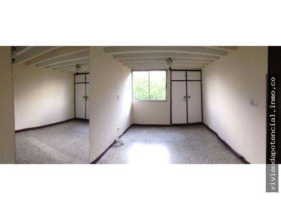 APARTAMENTO EN VENTA MIRA FLORES 4to piso 80 m²