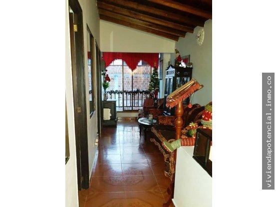 APARTAMENTO EN VENTA LA CAPILLA 67 m² 3er piso