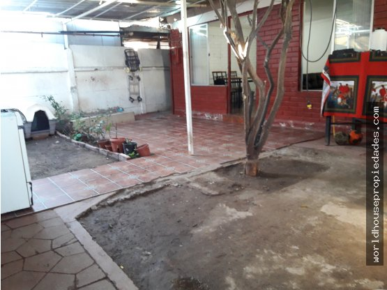 "Casa gran terreno ""Villa San Andres"" Pudahuel"