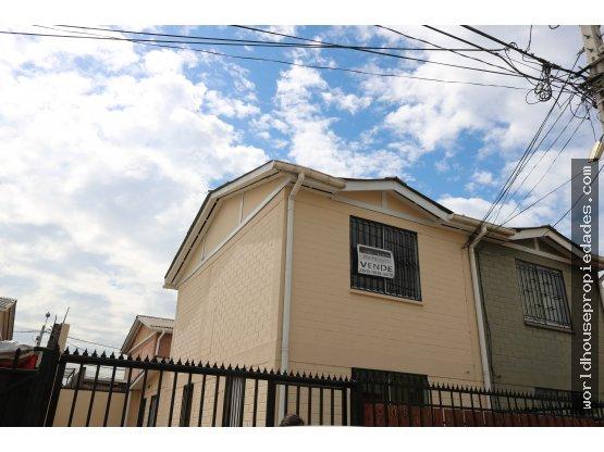 Casa Quilicura, cercana a Las Torres