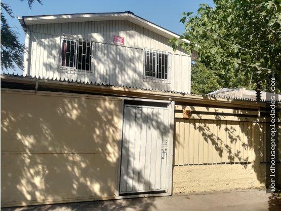 Casa 175 mts2 a pasos de Av Recoleta