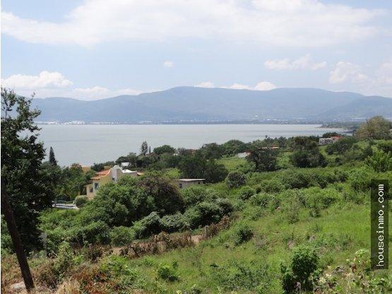 Terreno  listo para construir con vista al Lago