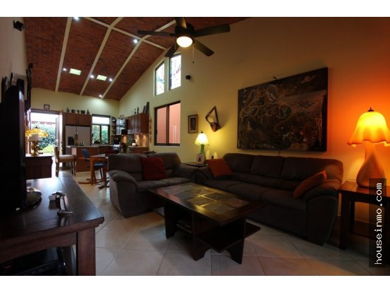 Casa en la  Ribera de Chapala (CASA CARPE DIEM)